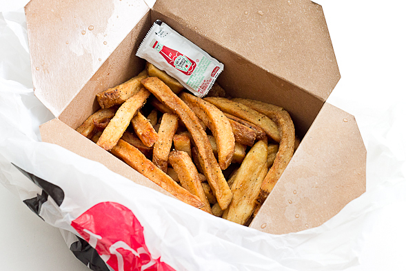 How to Get Your Leftover French Fries Perfectly Crispy Again // wishfulchef.com