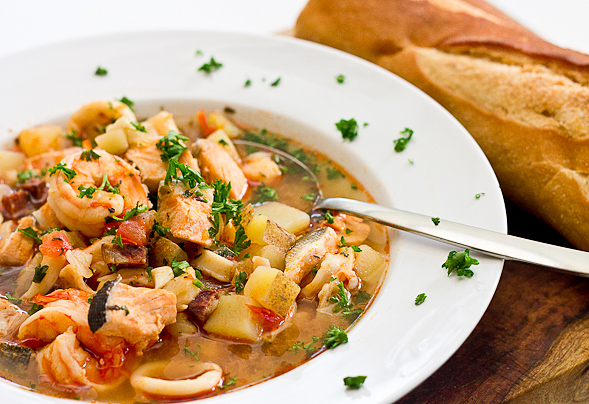 Spanish seafood stew recipe 7000 recipes for Recipe for seafood stew