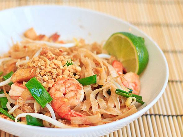 Pad Thai Noodles   With Step by Step Pictures // wishfulchef.com