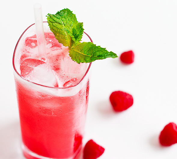 Sparkling Raspberry Drink