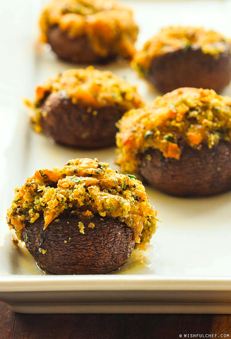 Spinach Cheddar Stuffed Mushrooms
