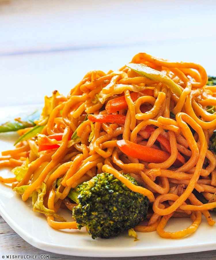 Quick and Easy Vegetable Lo Mein - Wishful Chef